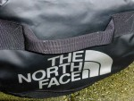 Base Camp Duffel Test Seitengriff