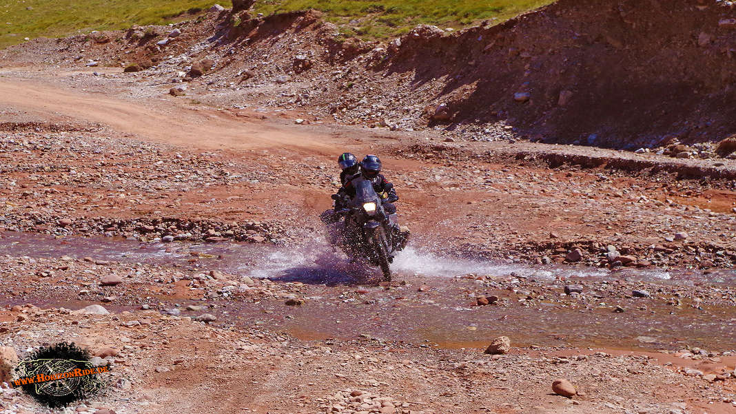 Motorrad Tour Pamir Mountains